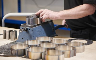 Choosing the right industrial blade supplier for your operations